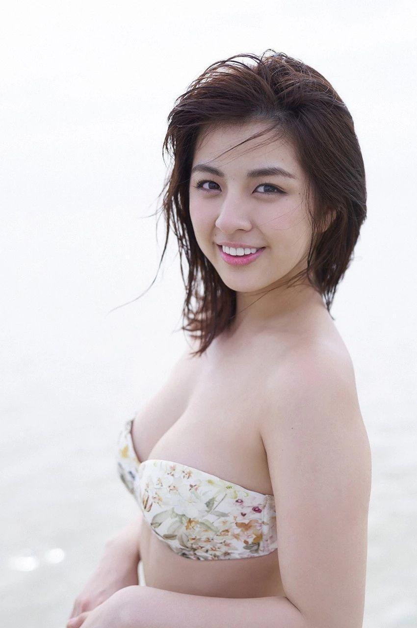 又欲又纯的封面女王柳百合菜写真作品 (29)