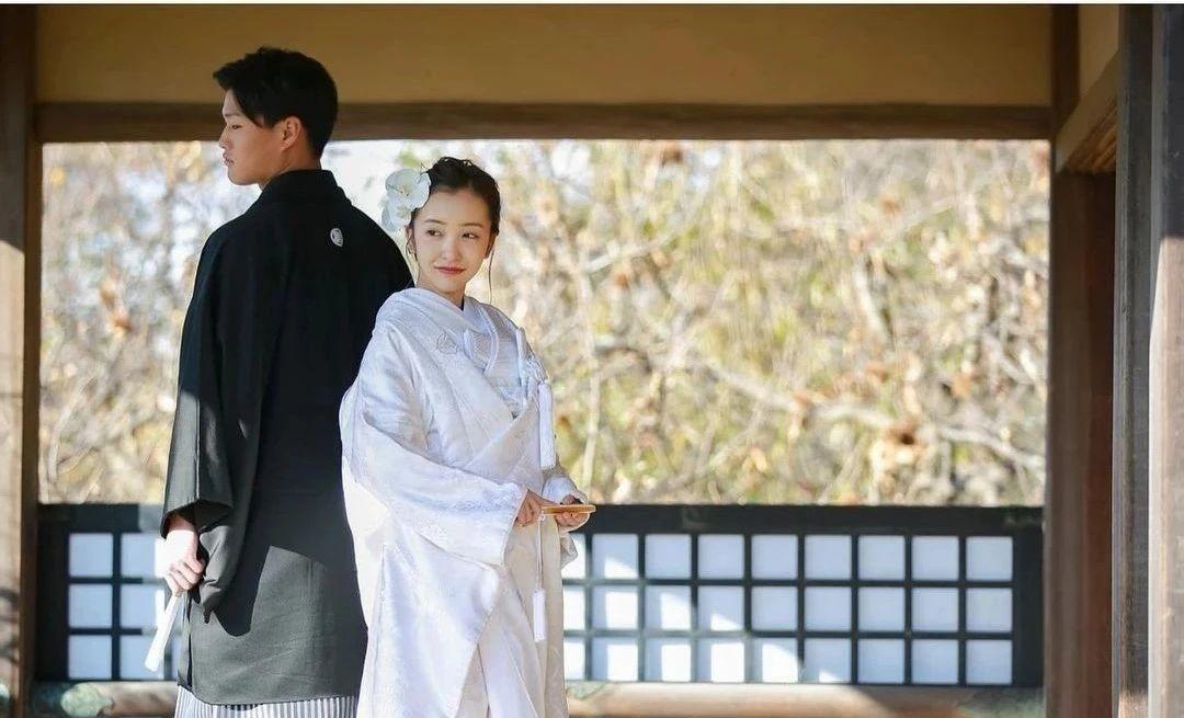 """AKB48初代""""神7""""板野友美闪婚几个月又爆出怀孕喜讯 (5)"""