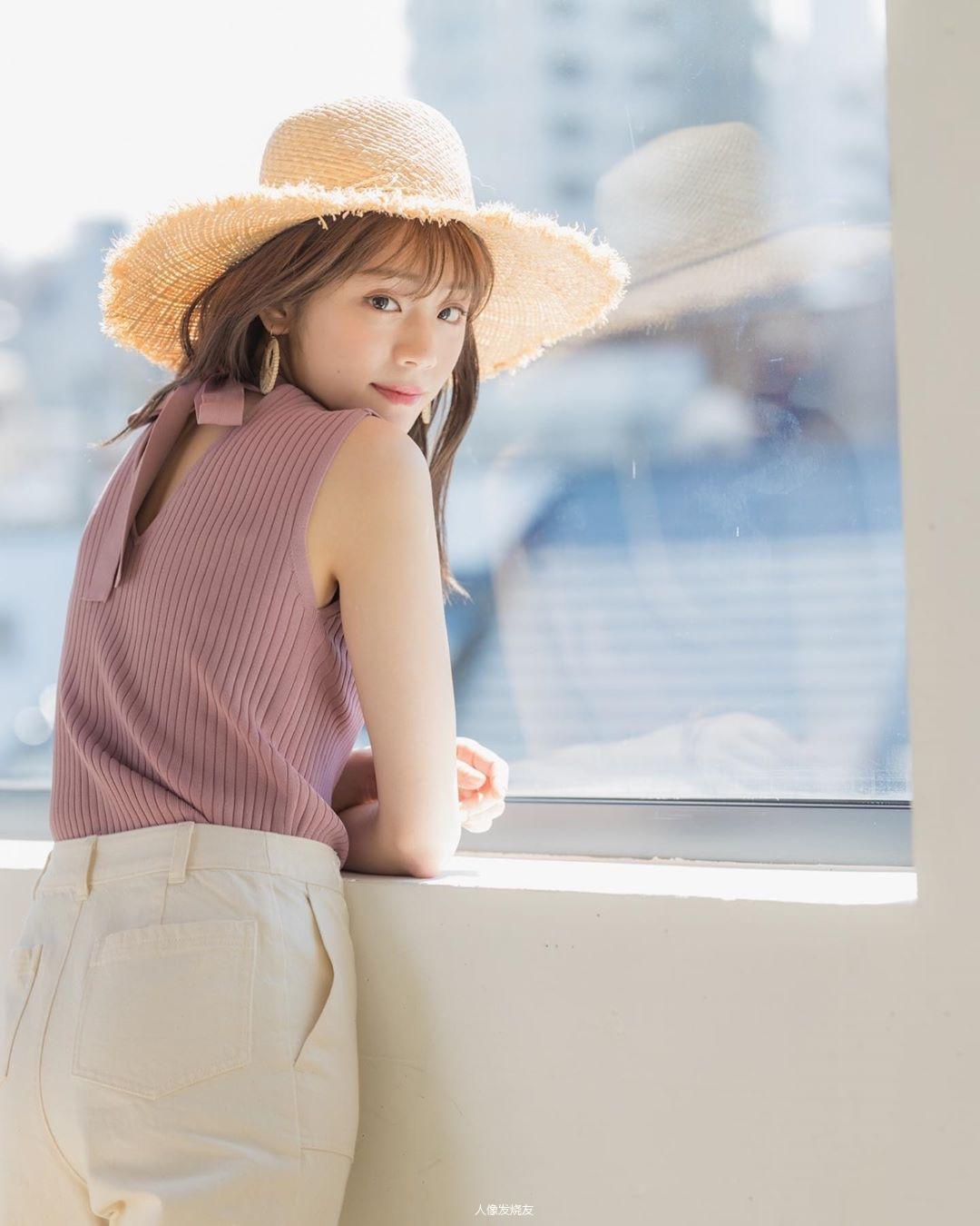 甜美无比的天气女郎贵岛明日香写真作品 (17)