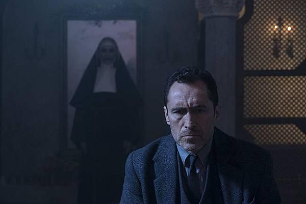 恐怖电影《鬼修女》故事情节过于单薄难有看点只能祈求宽恕 (2)
