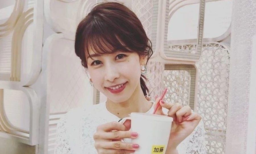 最受日本人喜欢的主持人加藤绫子也不出意外的和圈外人结婚了 (2)