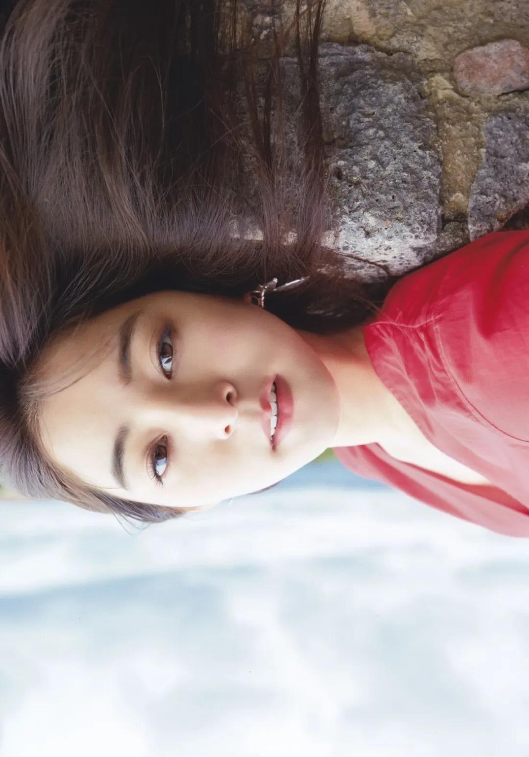 不折不扣的邻家系女神新木优子写真作品 (106)