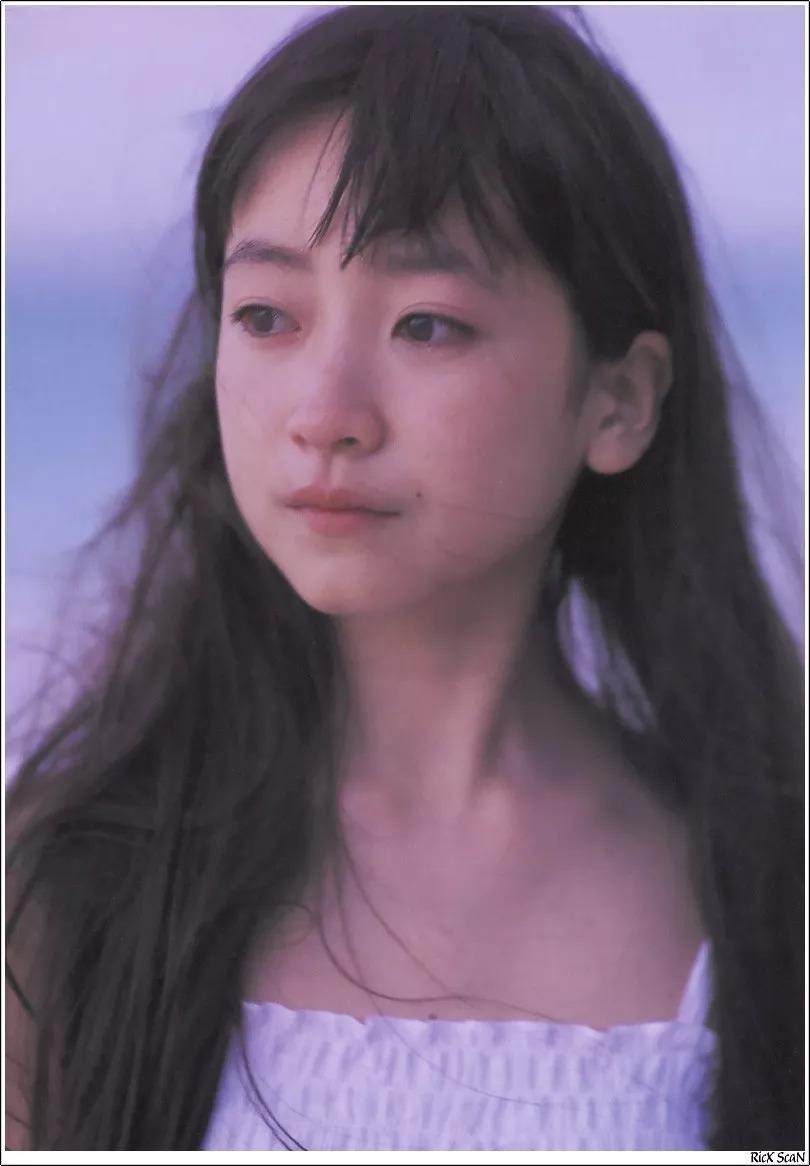 形象纯过蒸馏水的黑川智花《少女觉醒》的写真作品 (117)
