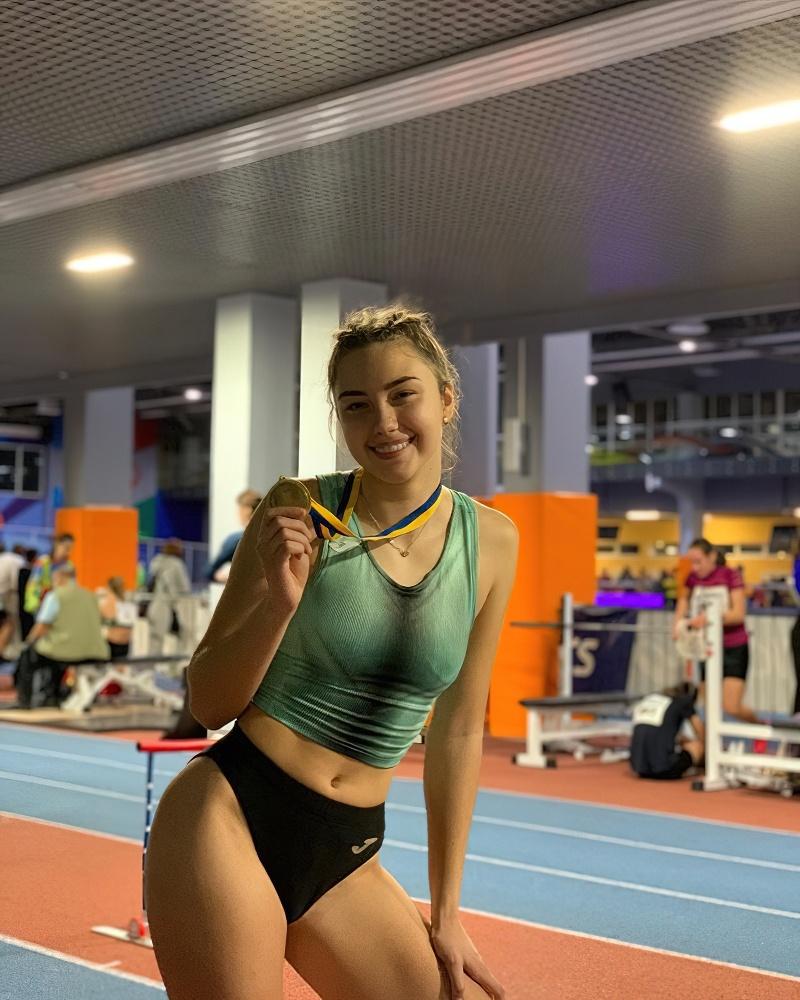 乌克兰跳远运动员 Veronika Penzareva 回眸一笑电力十足 (20)