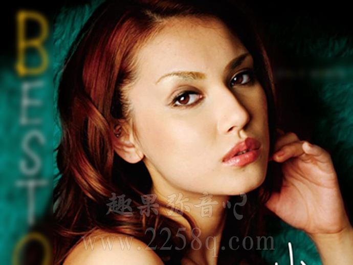 小泽玛利亚近况如何?图片中她在菲律宾开了酒吧!-爱趣猫