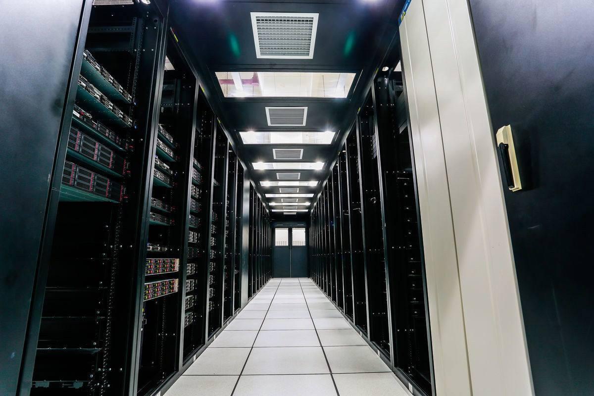 """5租了台腾讯云服务器,结果搭了个淘宝客网站赚翻了"""""""