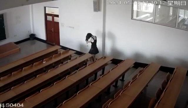 黑科大1204视频在线,黑龙江科技大学教室12分04秒