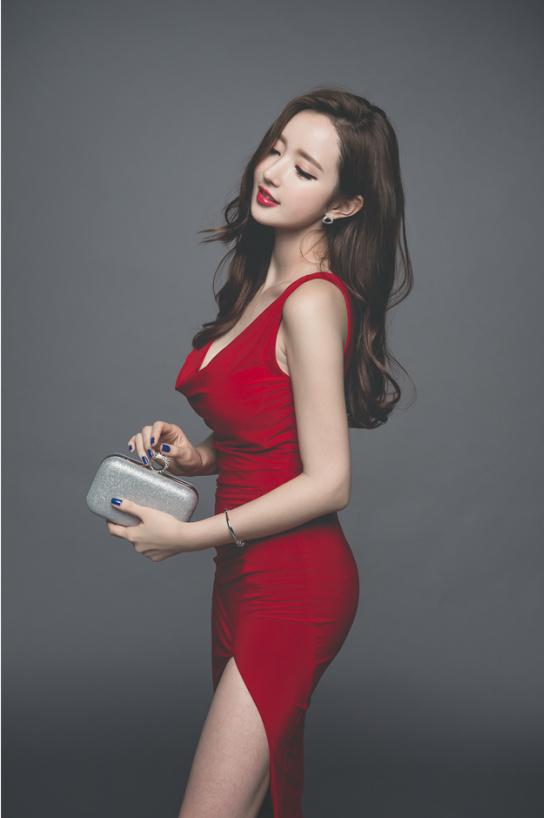 分享一组韩国美女写真,单纯觉得后期调色很舒服~ 美女写真-第9张