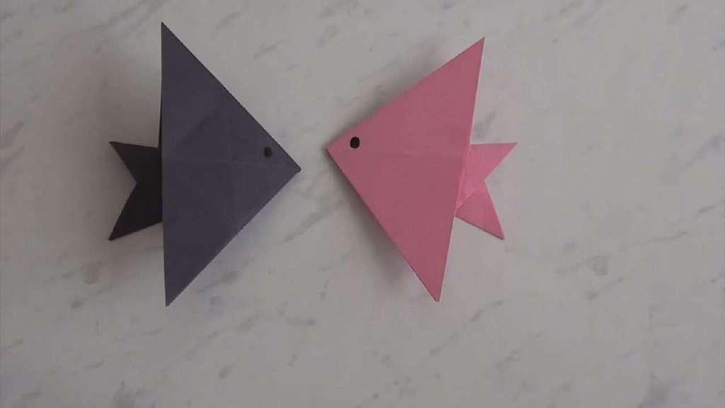 折小鱼最简单折纸方法视频