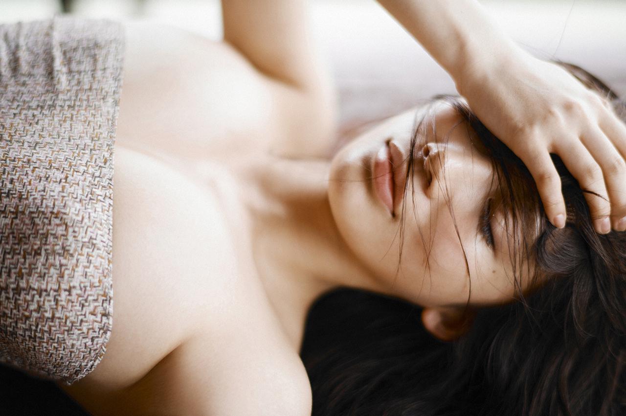 小仓优香(Yuka Ogura)诱惑十足写真美图分享-觅爱图