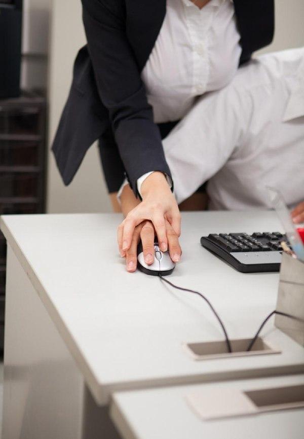 公司的女领导在指导我工作上面的问题 杂七杂八