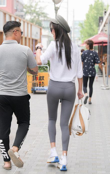 灰色性感瑜伽裤美女 (3).jpg