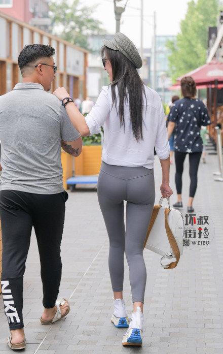 灰色性感瑜伽裤美女 (4).jpg