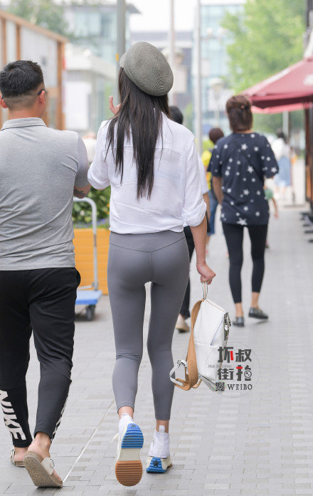 灰色性感瑜伽裤美女 (8).jpg