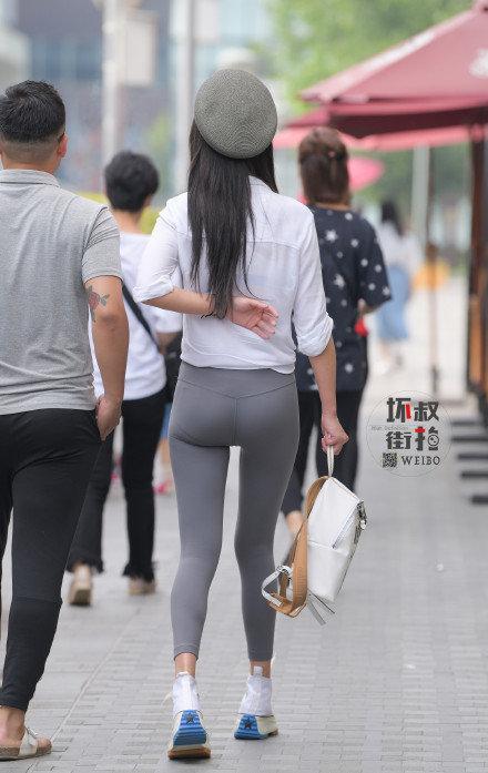 灰色性感瑜伽裤美女 (9).jpg