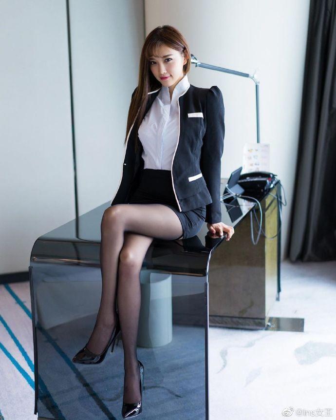 模特杨晨晨OL性感写真图片 性感美女 美女图片 第5张