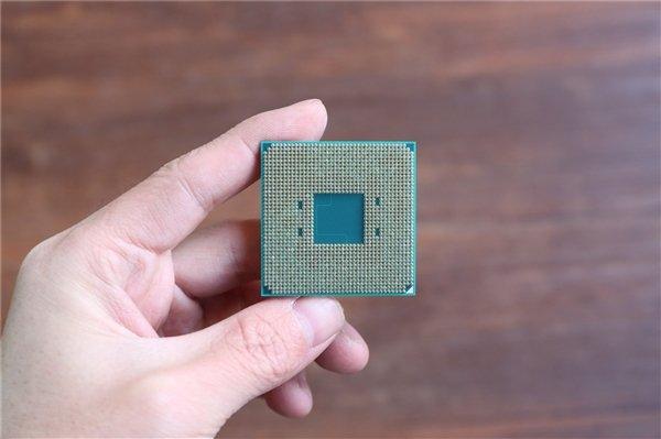 AMD Athlon 320GE/300GE确定:3.4/3.5GHz频率 35W TDP