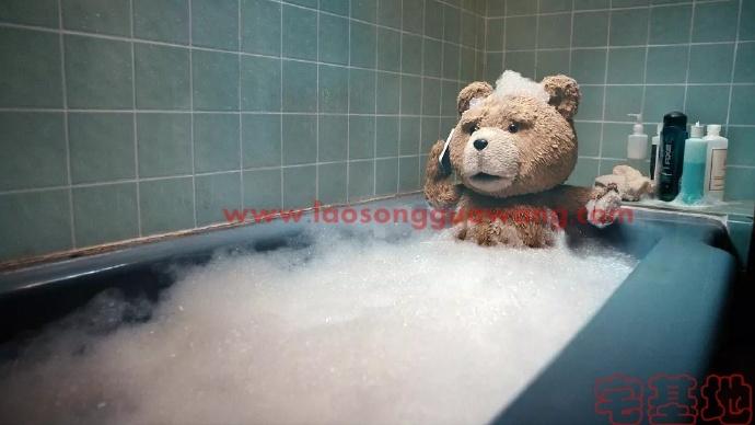 「泰迪熊」最新电影评价观后感悟剧情解析:一个男孩和一个泰迪熊的故事,二十几年的陪伴,充满欢乐插图1