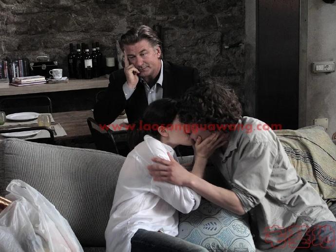 最新电影推荐「爱在罗马」豆瓣影评:这部像梦境一样的电影,把几乎所有人的白日梦都实现了插图1