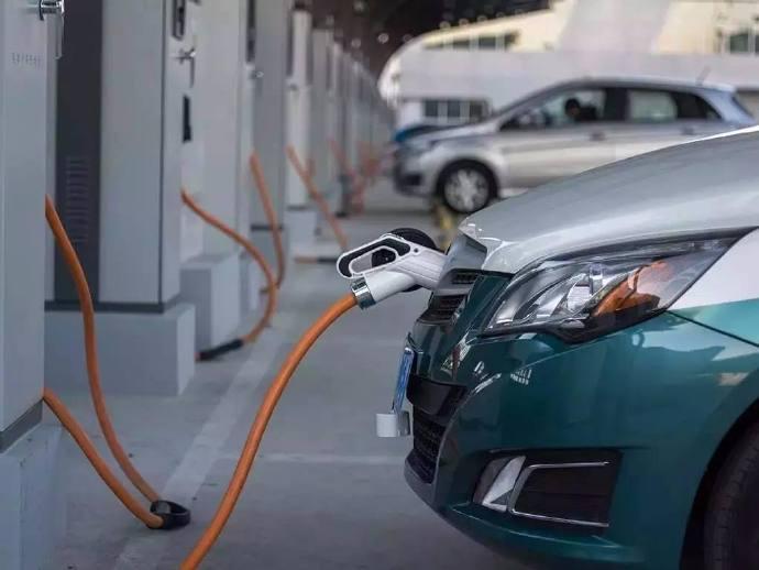 给新能源汽车列个账单儿,钱您花明白了么?