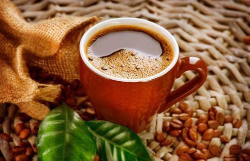 虚构的万亿咖啡市场-前方高能