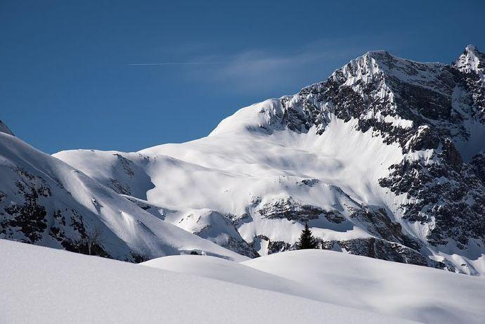 mountains-6522018__480