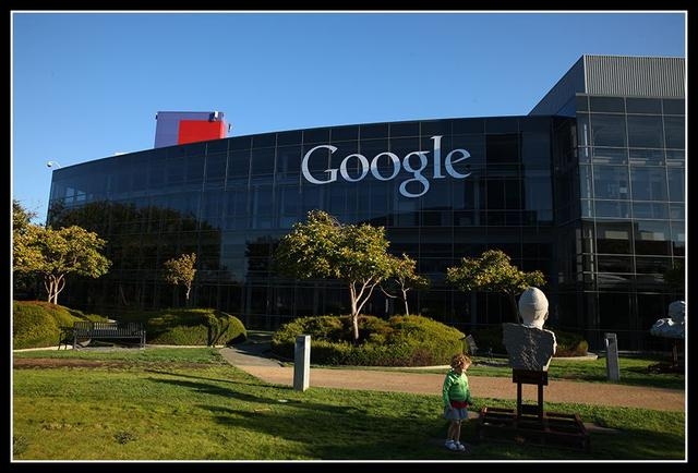 他是传奇:个人网站卖了5.75亿,从谷歌广告每天赚数万美元