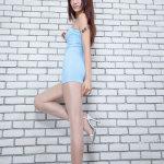 非主流美腿丝袜美女Vicni秀美腿